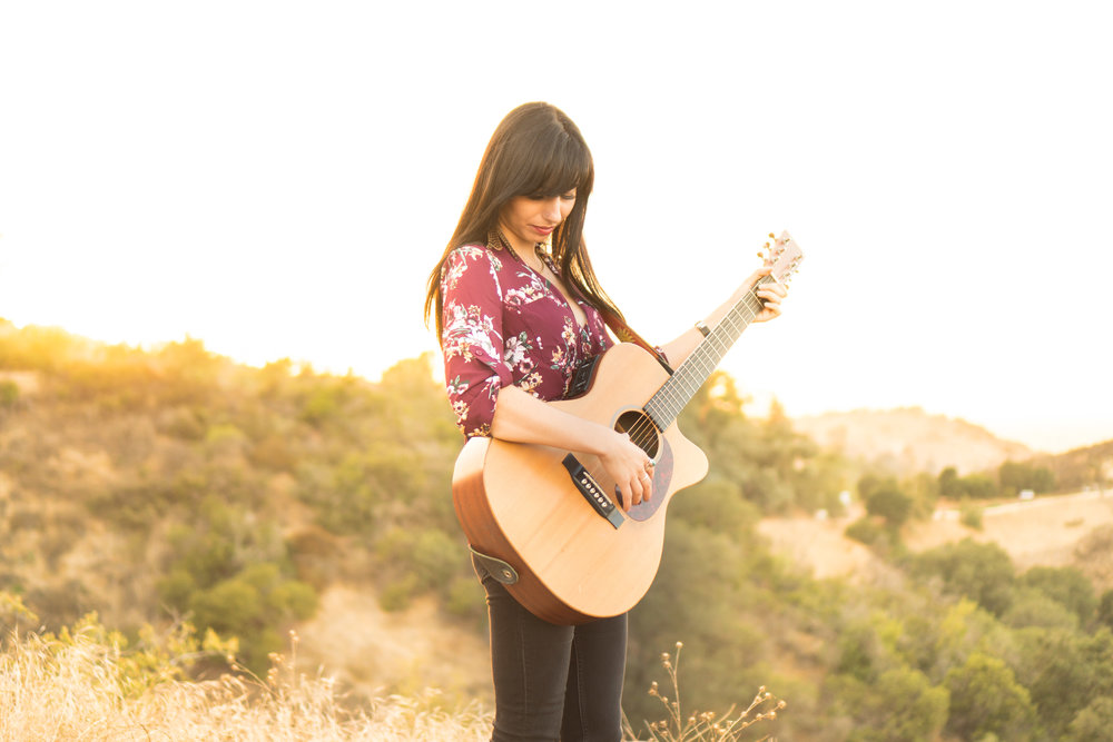 katie guitar2.jpg