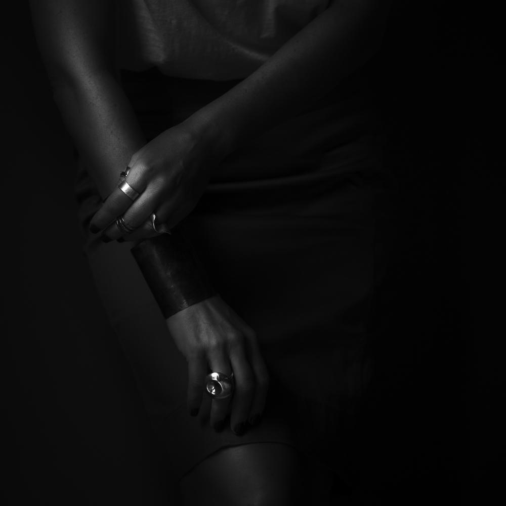 handsskirt.jpg