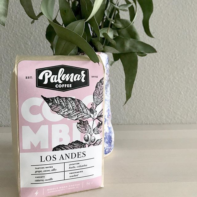 Weekend vibes with our newest offering, Colombia - Los Andes. In the cup we taste purple grape sweetness, cacao and a creamy body. ⚡️🍇🍫 #palmarcoffee