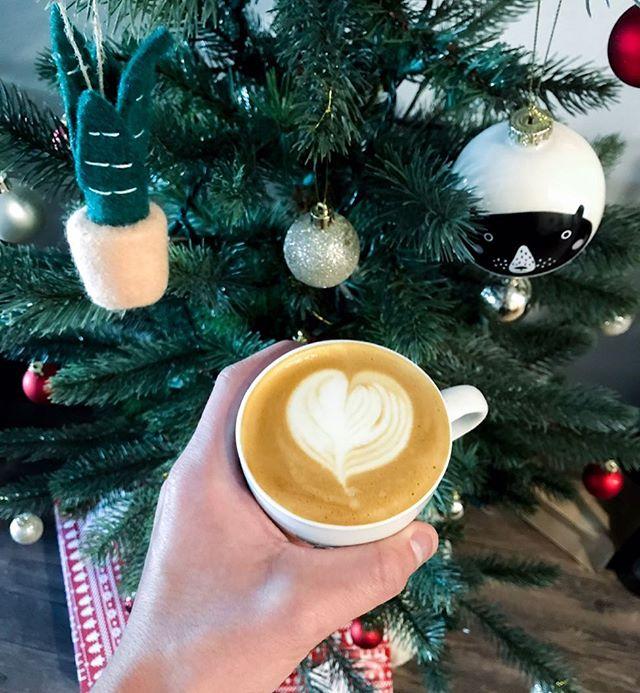 Merry Christmas, friends! ⚡️🌲 #palmarcoffee