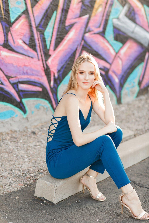 Lindsay-Borg-Arizona-Senior-Portraits (22).jpg