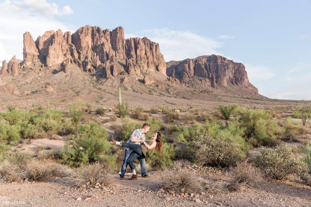 Lindsay-Borg-Photography-Arizona-engagement-photographer-lost-dutchman (4).jpg