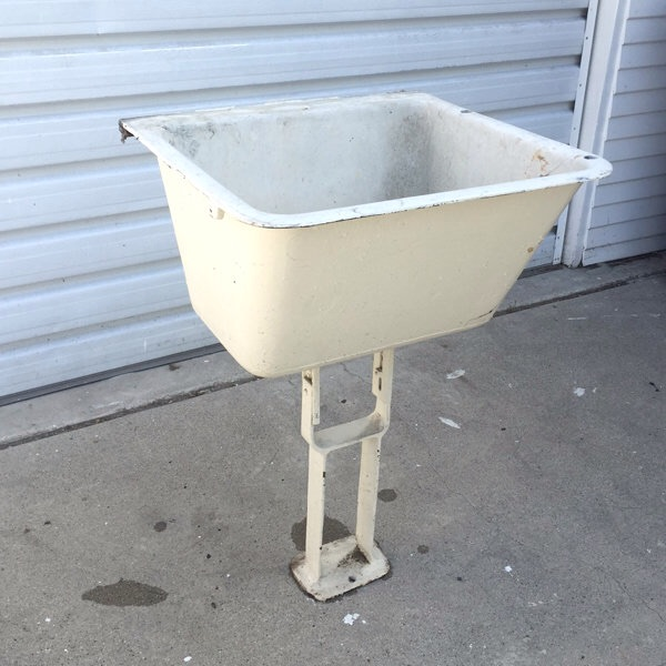 """The sink has an interesting feel to it. The stand reminds me of """"peg leg"""" pedestal bathroom sinks of the time."""