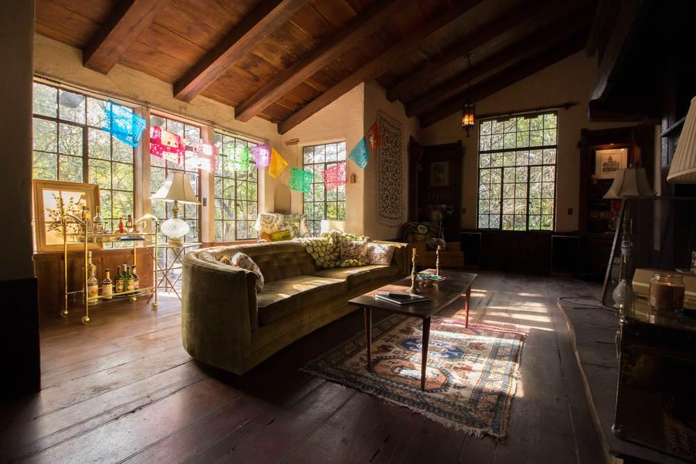 golden living room