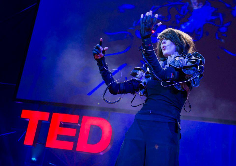 Imogen Heap performs with the original gloves at TEDGlobal 2012
