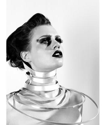 David-Alexandre_Rachel-Freire_metal-collar1.png