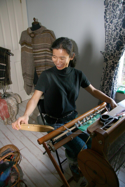 Chiaki is weaving.jpg