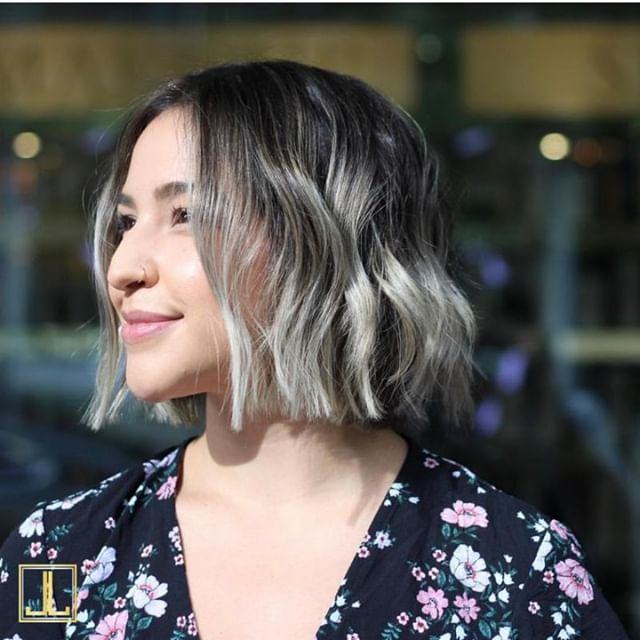 Shining bright on this Sunday! Look by stylist Khoury from our Lamar Union salon. @khourymueller  #joseluissalonboutique #thejoseluisbrand #domainNORTHSIDE #lamarunionplaza #downtownaustin #austinhair #austinstylist #austinsalons #oribeobsessed #randco #wella #modernsalon #americansalon #businessofbalayage