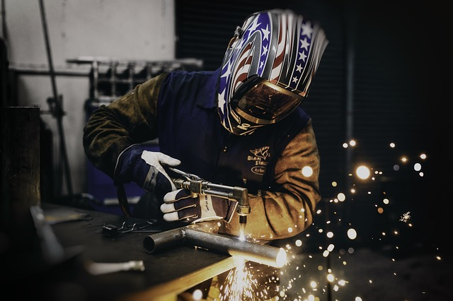 LUIS @ METAL FABRICATORS