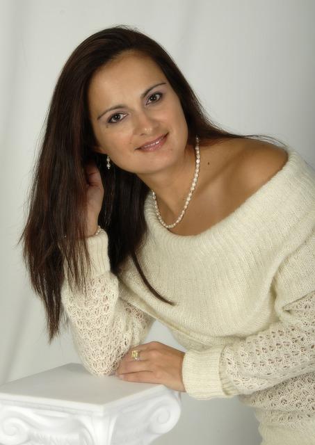 ALEJANDRA @ PRO PORTRAIT