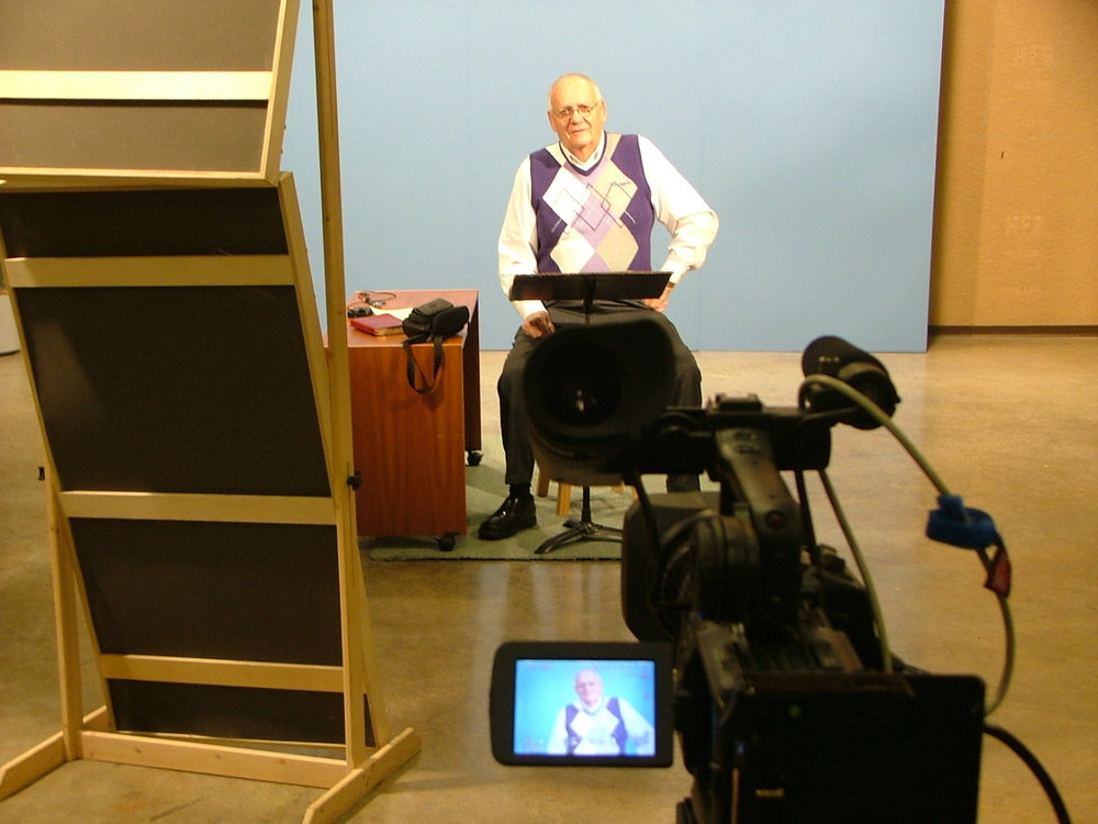 12 - Jim filming DVD - 2008.JPG