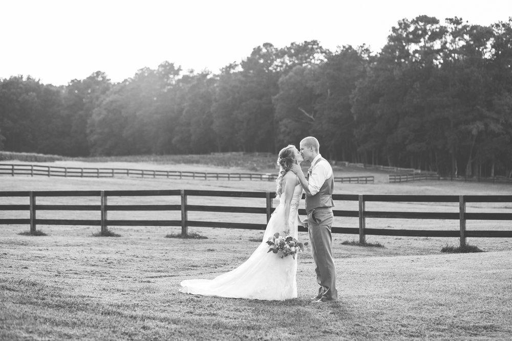 Wedding_Kyle&TaylorGilseth_Blog-45.jpg