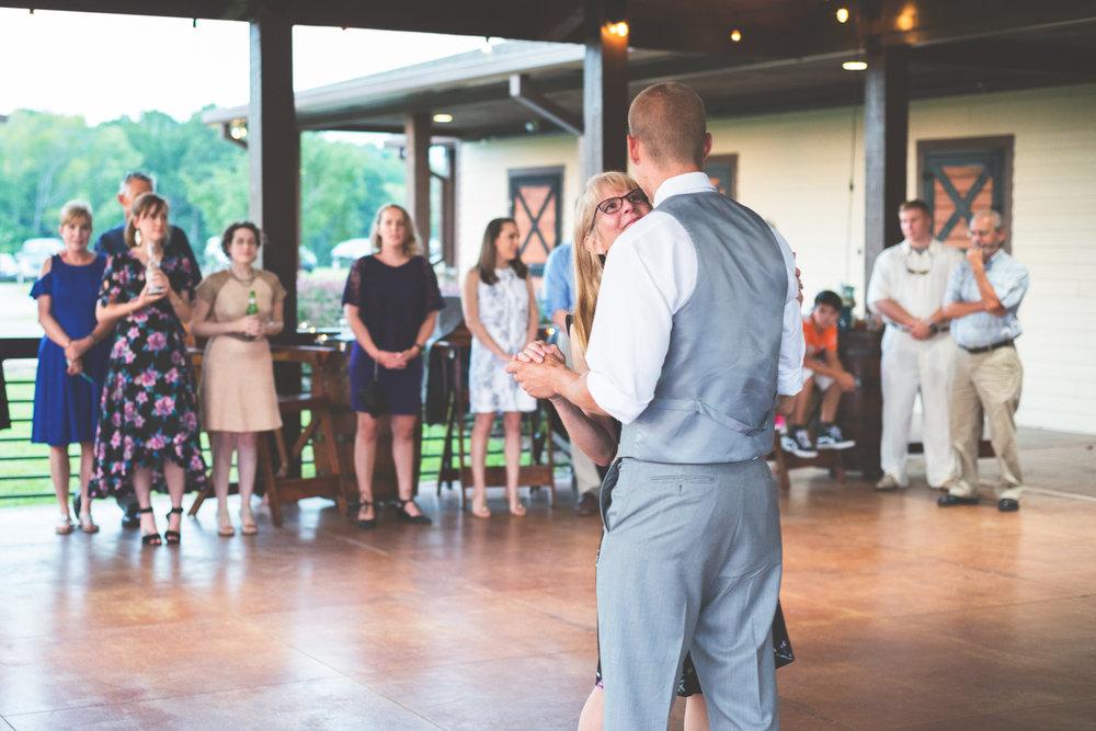 Wedding_Kyle&TaylorGilseth_Blog-154.jpg