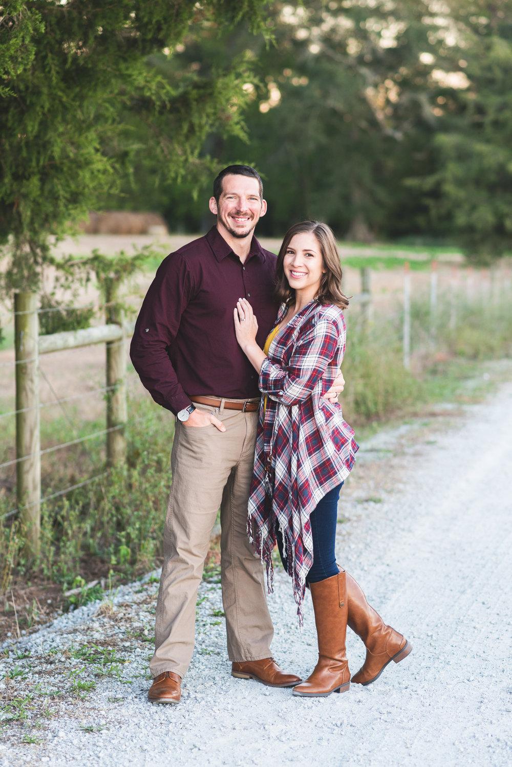 2018_Couples_Zach&Michaela_blog-17.jpg