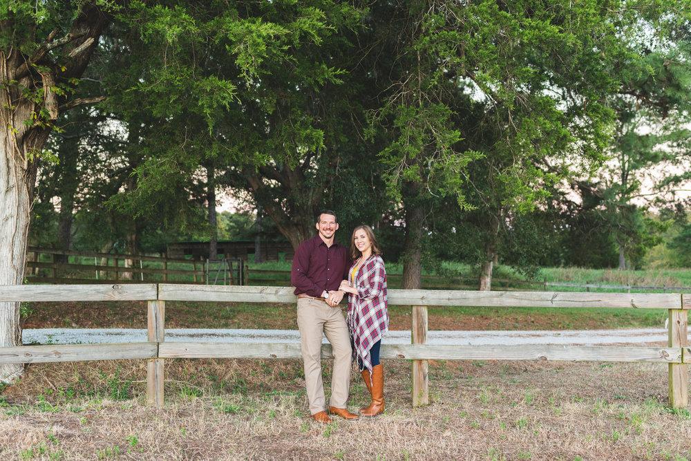 2018_Couples_Zach&Michaela_blog-23.jpg