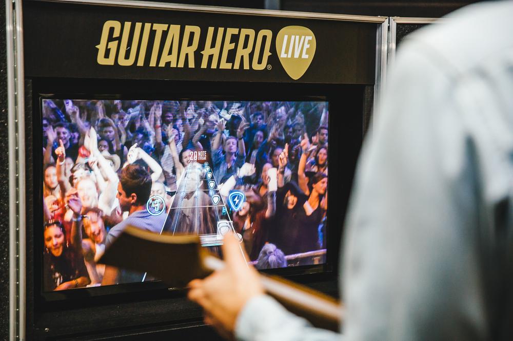 Imagine-Dragons_Guitar-Hero_Wed_2015_Gobinder-Jhitta (10 of 182).jpg