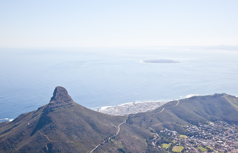 IMG_4675-table-mountain-cape-town-south-africa-trisa-taro.jpg