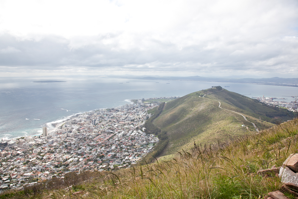IMG_5033-hiking-lions-head-cape-town-trisa-taro.jpg