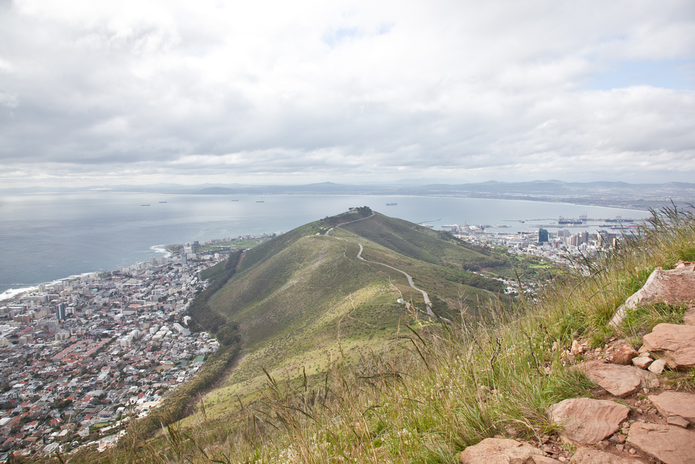IMG_5036-hiking-lions-head-cape-town-trisa-taro.jpg