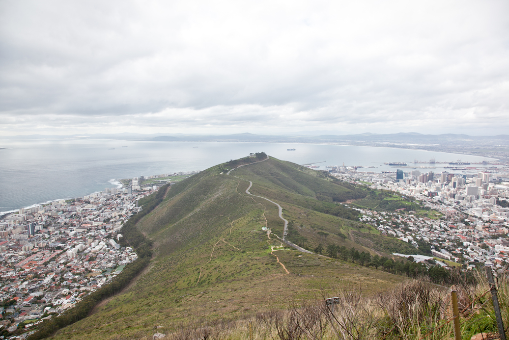 IMG_5037-hiking-lions-head-cape-town-trisa-taro.jpg