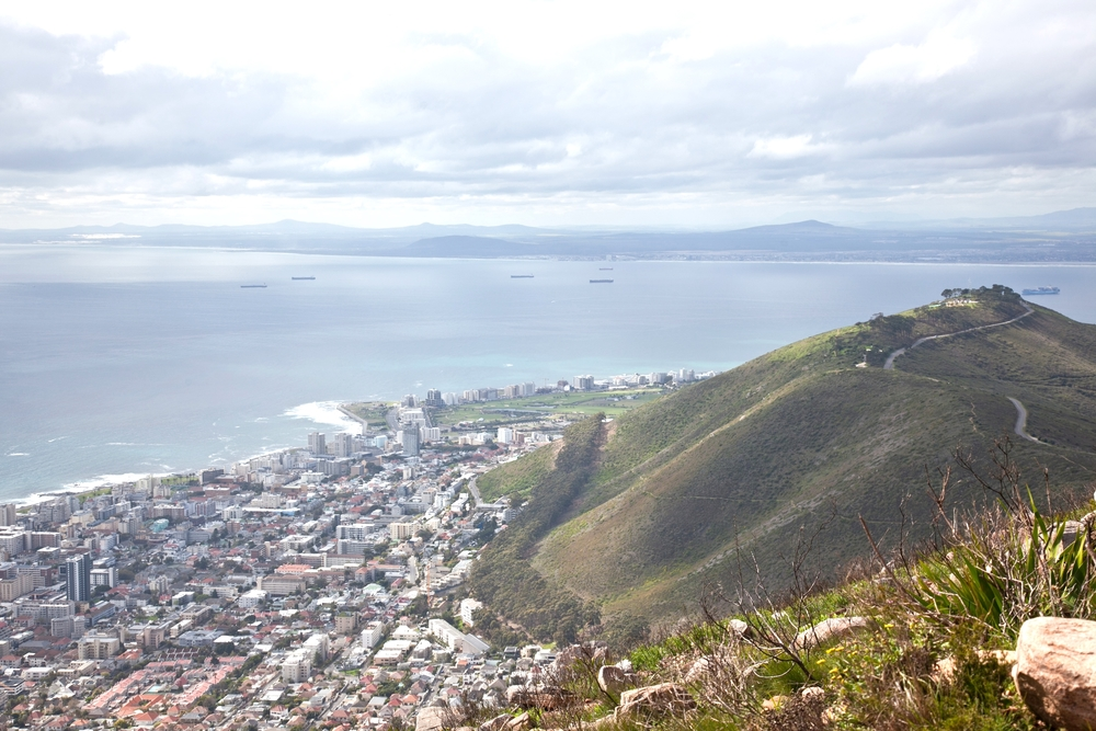 IMG_5030-hiking-lions-head-cape-town-trisa-taro.jpg