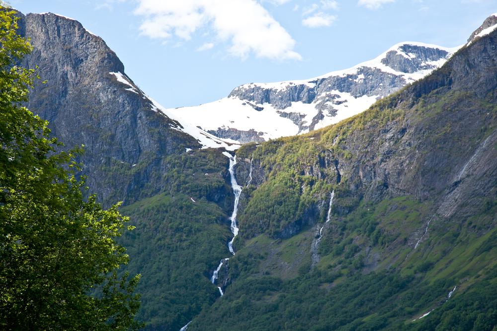 IMG_3468-naeroyfjord-norway-kayak-trisa-taro.jpg