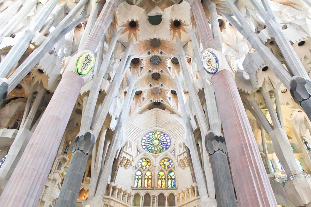 trisa-taro-sagrada-familia-interior-barcelona-spain.jpg