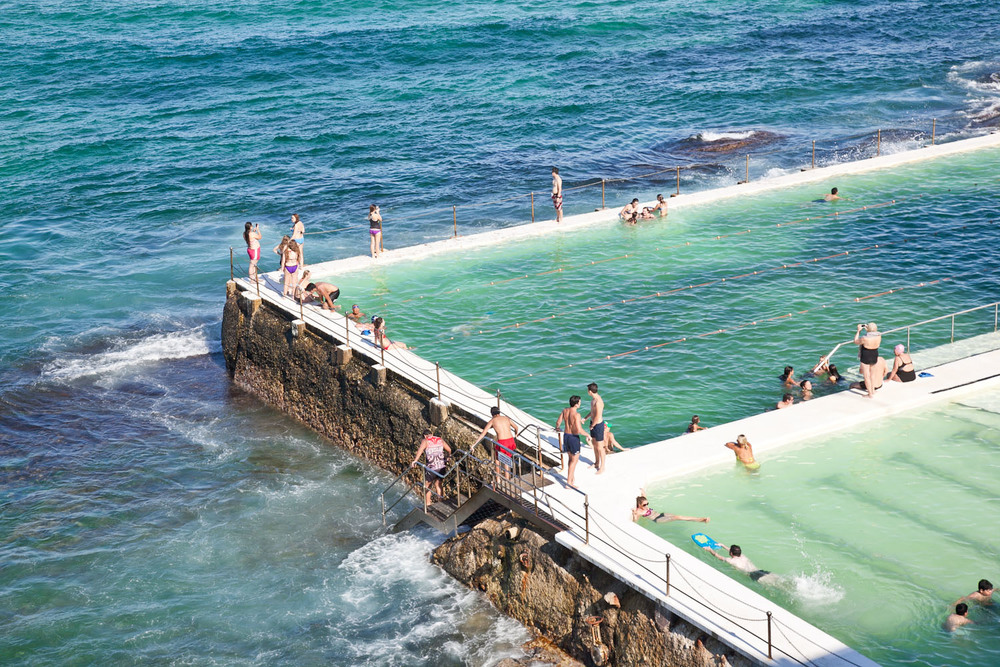 IMG_7409-sydney-australia-bondi-beach-icebergs-trisa-taro.jpg