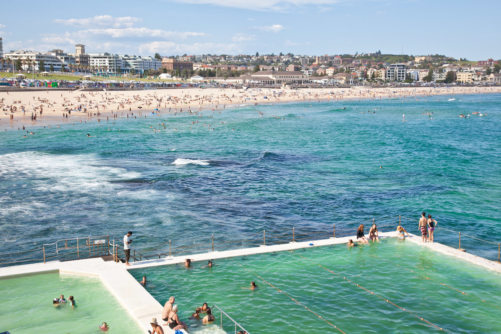 IMG_7428-sydney-australia-bondi-beach-icebergs-trisa-taro.jpg