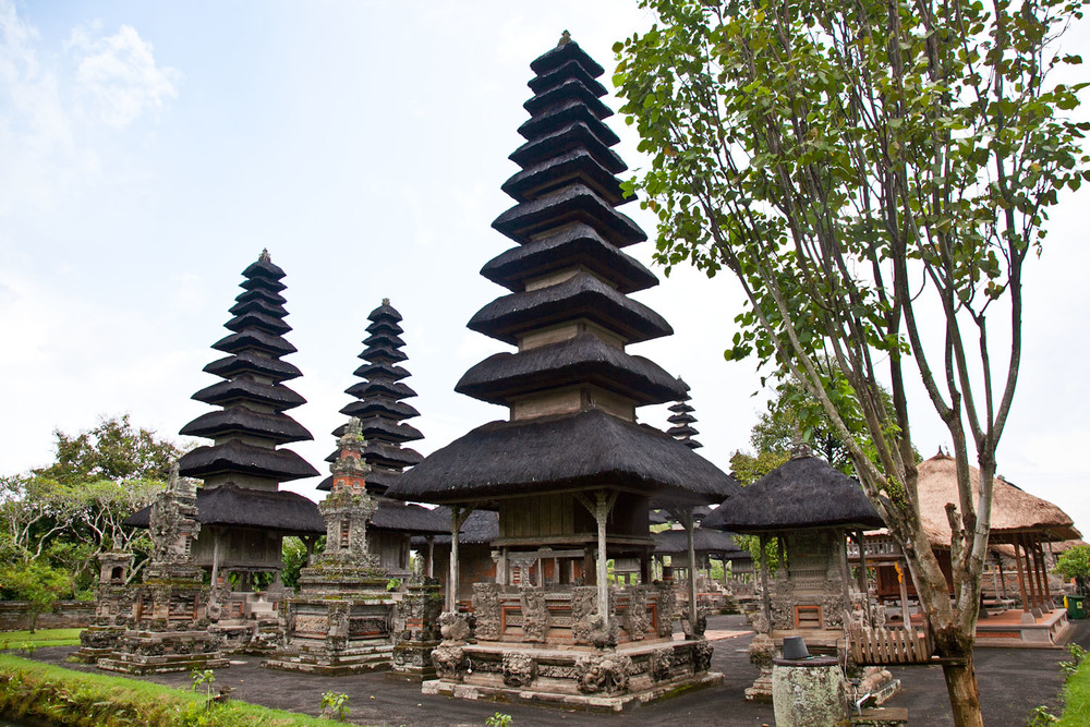 IMG_9736-temple-bali-trisa-taro.jpg