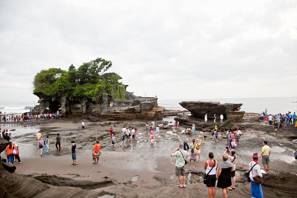 IMG_9879-pura-tanah-lot-temple-bali-trisa-taro.jpg
