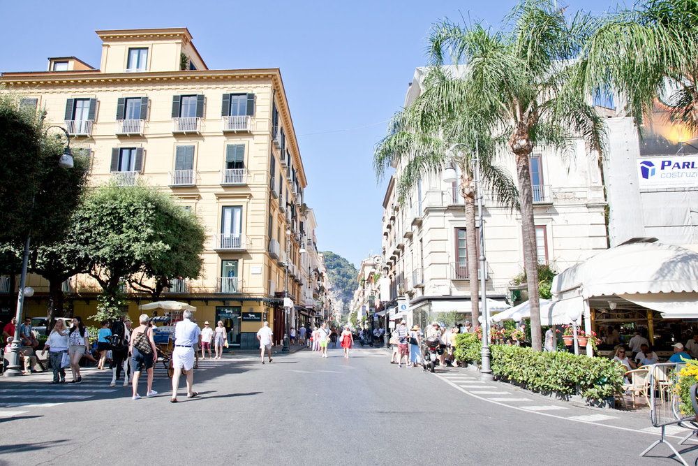 IMG_3483-italy-naples-day-trip-sorrento-amalfi-coast-travel-trisa-taro.jpg