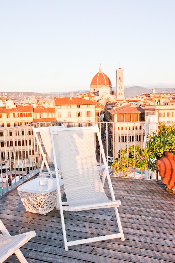 IMG_5563-rooftop-apertivo-sunset-drinks-duomo-florence-italy-trisa-taro-the-free-passport.jpg