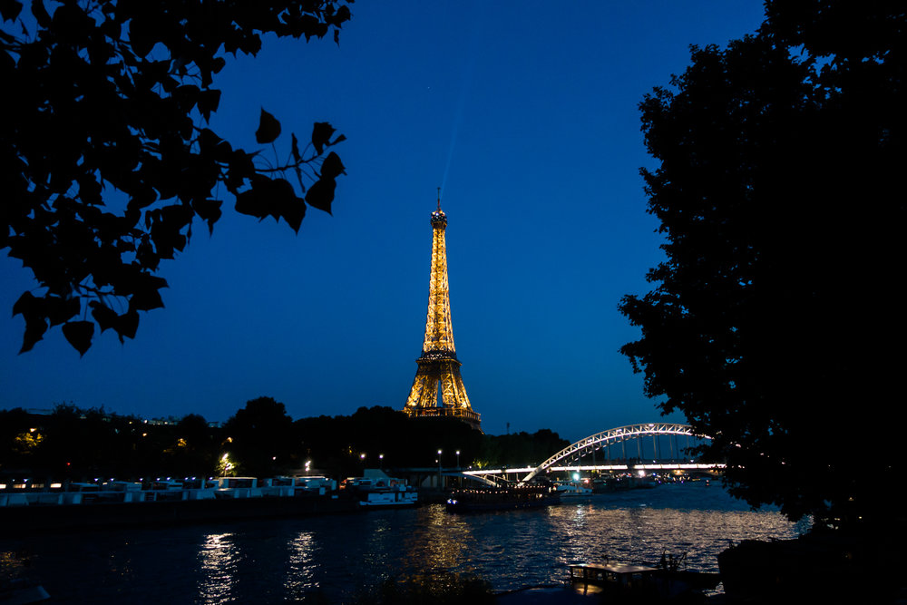 Eiffel Tower at night.jpg