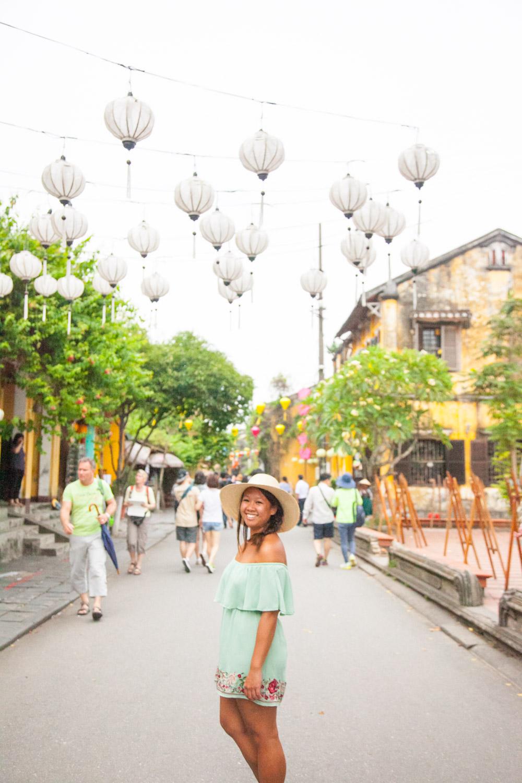 IMG_2169-hoi-an-old-town-lanterns-vietnam-trisa-taro-2.jpg