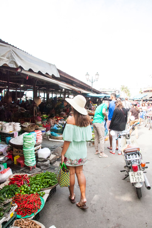 IMG_1997-market-hoi-an-old-town-vietnam-trisa-taro.jpg