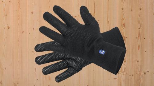 Hanz_WP_glove_CB_cross.web.jpg
