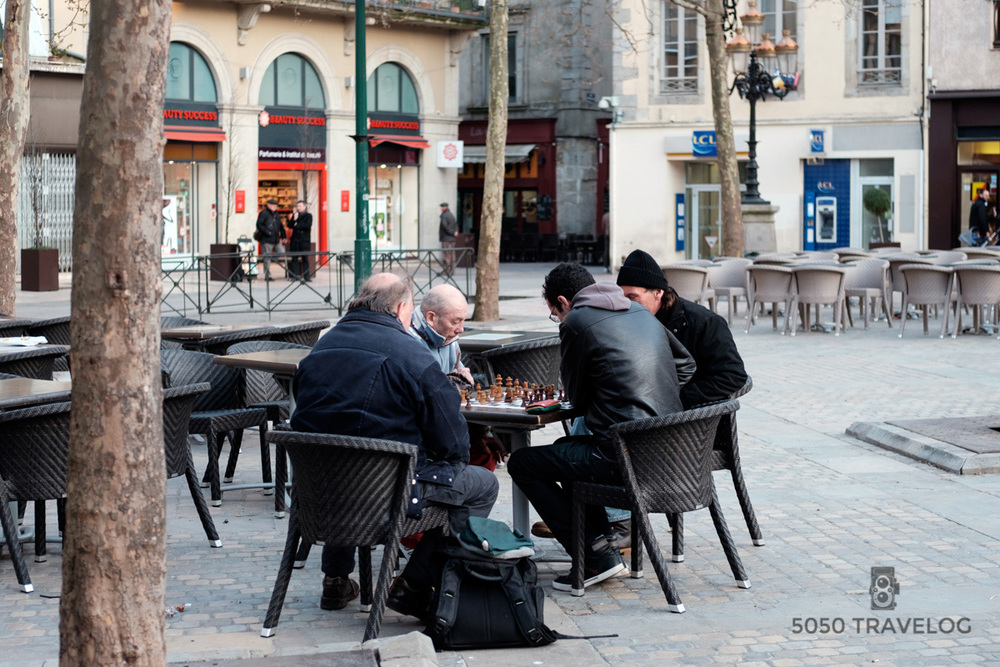A game of chess at Gambetta Square