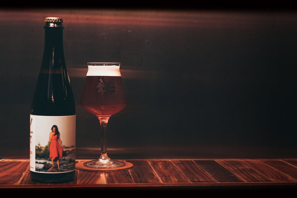 LADY ROJA  ABV 5.1 | IBUS 16    RELEASED: NOVEMBER 2015  Brewed with red wheat and house toasted barely, this unique beer features hints of hibiscus, tamarindo & sea salt.   TASTING NOTES   Subtle aroma of wild berries, light bodied, soft carbonation. Notes of cranberry sauce, light vinegar, juicy strawberry, straw, red vine licorice, with a slightly tannic, dry finish.   Our take: A sophisticated beer even the most discerning wine drinker will enjoy.   PURCHASE BEER