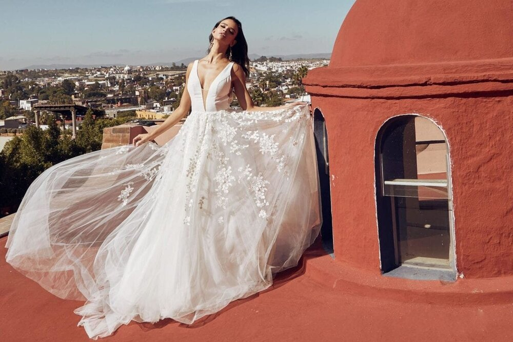 Events Trunk Shows The White Room Minneapolis Mn Bridal Shop