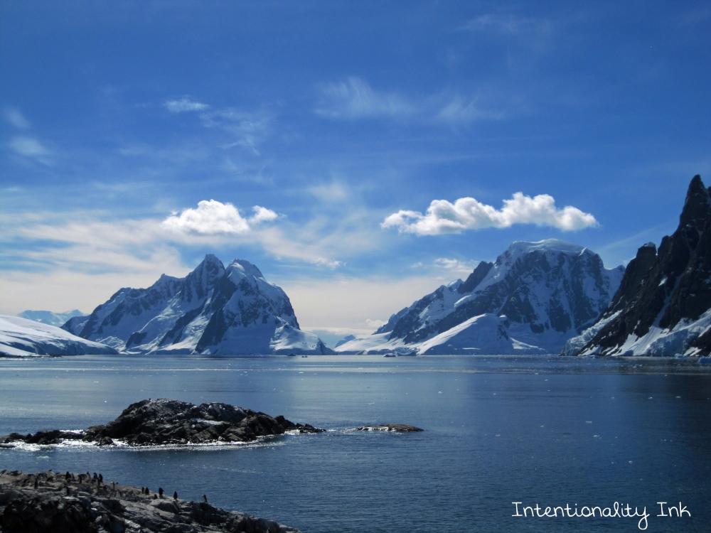Antarctica Mountains And Ocean