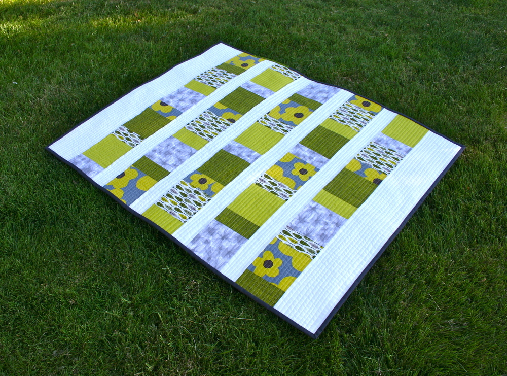 Charm_Squares_Baby_Quilt