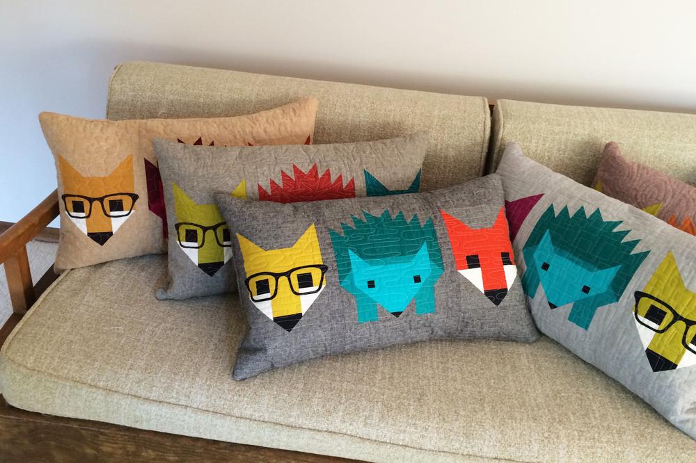 Fox_and_Hedgehog_Pillow