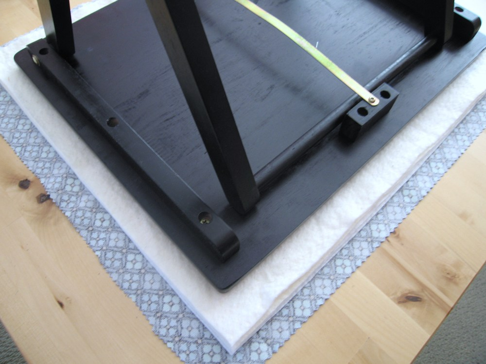 tv_tray_pressing_table