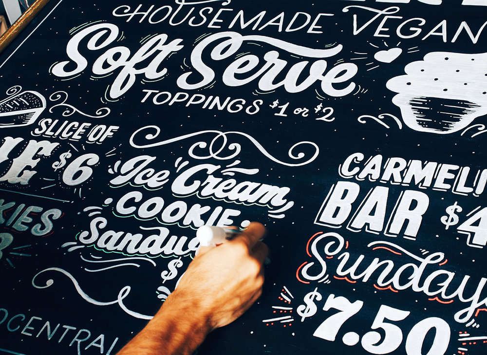 Chalk-lettering-menu-leo-gomez-studio-love-food-central-04