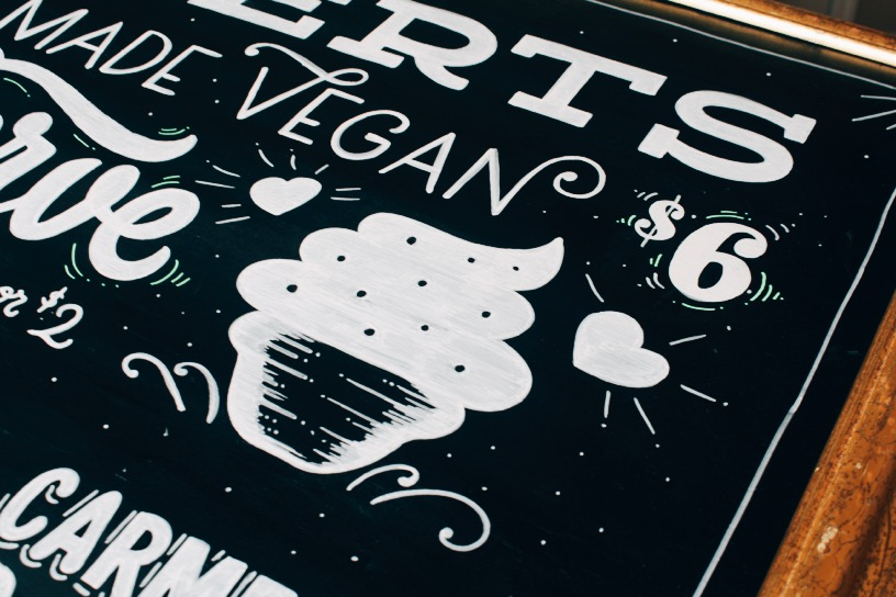 Chalk-lettering-menu-leo-gomez-studio-love-food-central-06