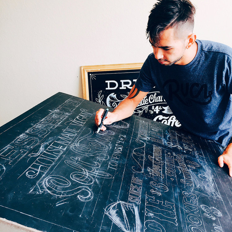 Chalk-lettering-menu-leo-gomez-studio-love-food-central-07
