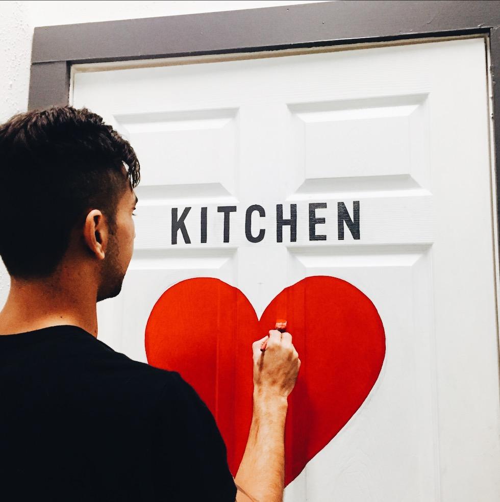 Leo-Gomez-Studio-Love-Food-Sign-01