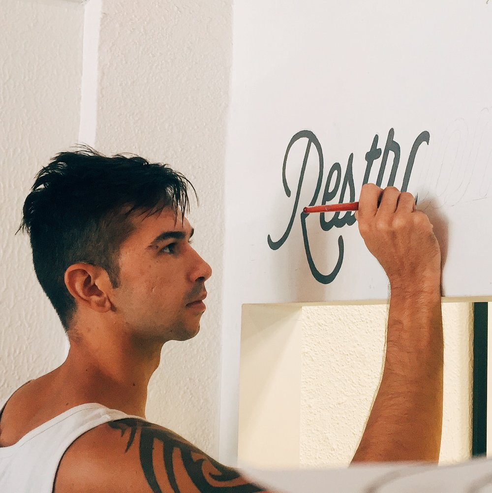 Leo-Gomez-Studio-Love-Food-Sign-03