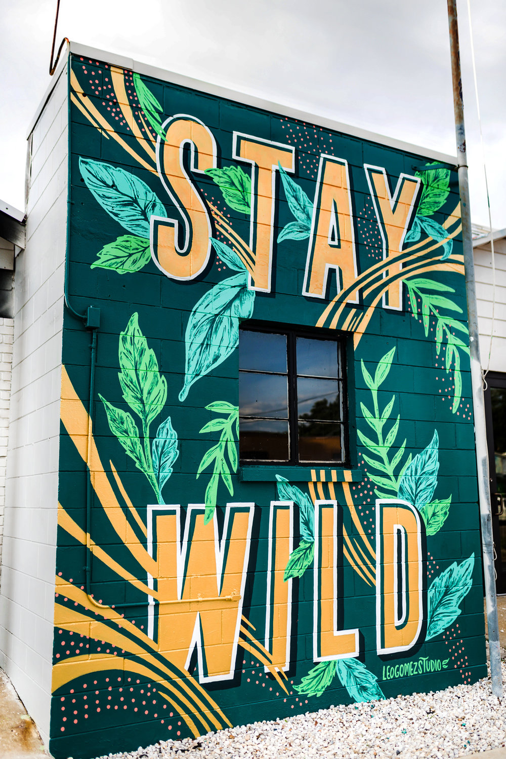 Leo-Gomez-Studio-stay-wild-mural-final.jpg